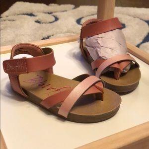 NWT Blowfish sandals, 6US